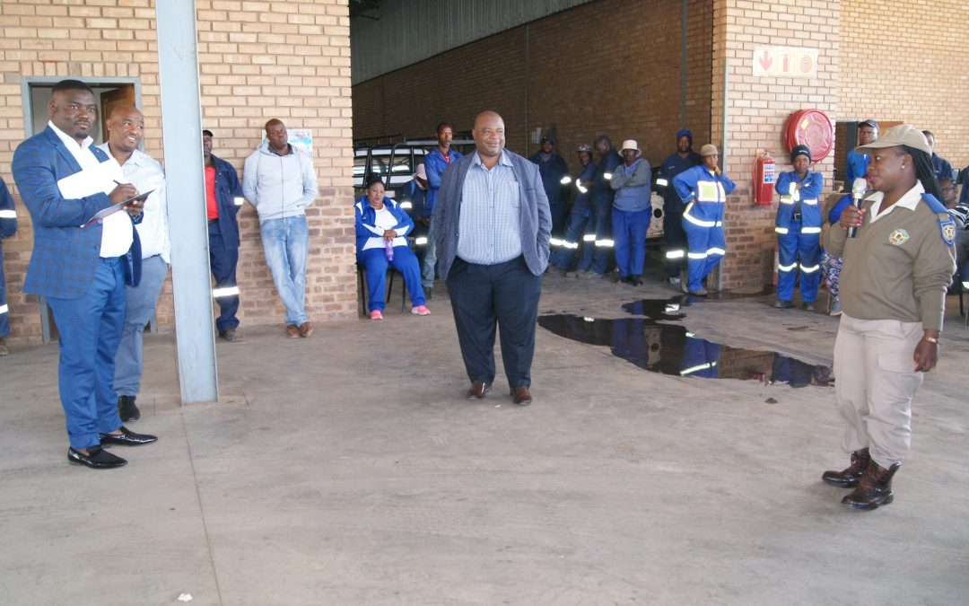 Municipal Manager engages staff on service delivery issues